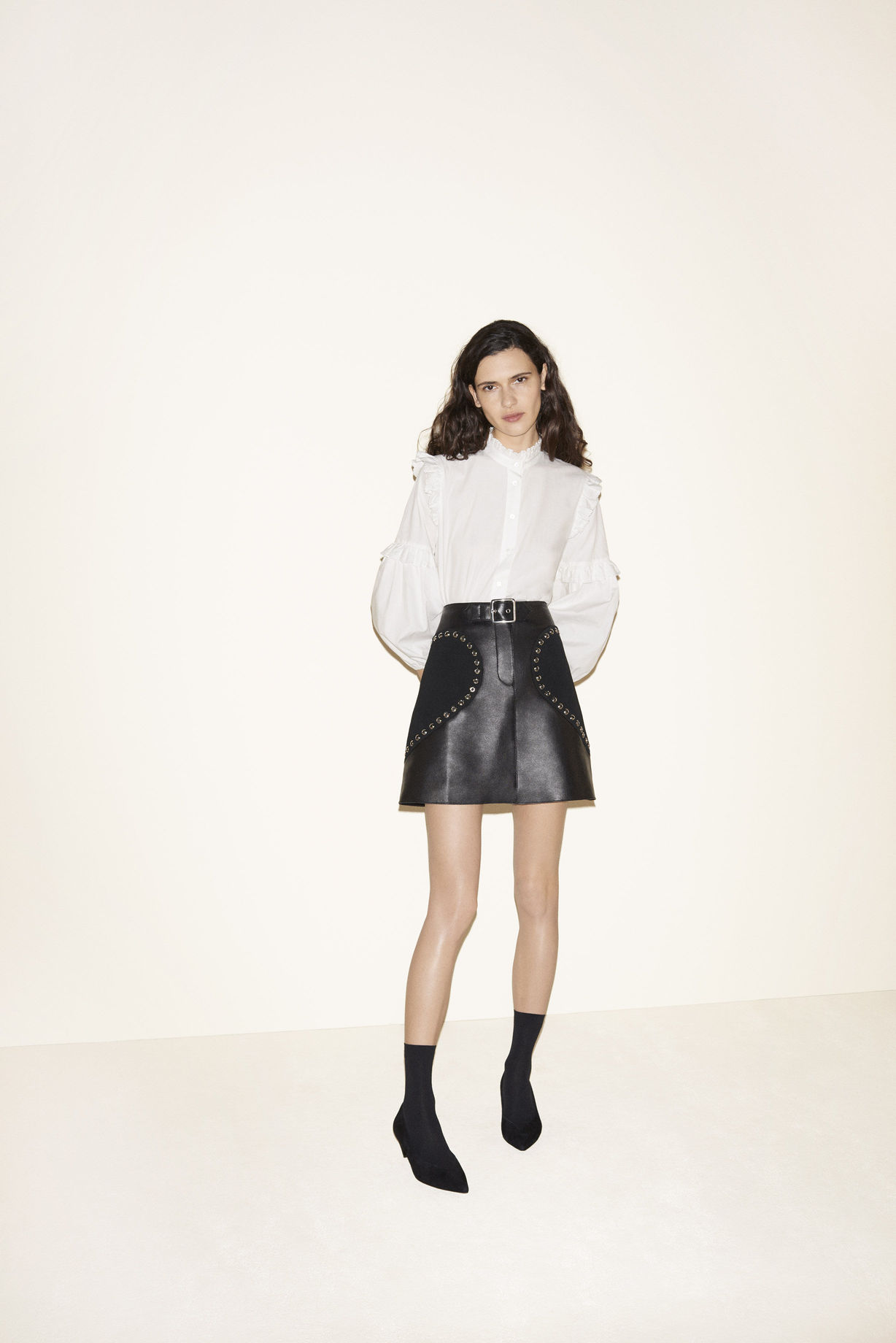 Poplin blouse, Leather A-line skirt, Suede goatskin court shoes - FW MAJE 2017 Lookbook