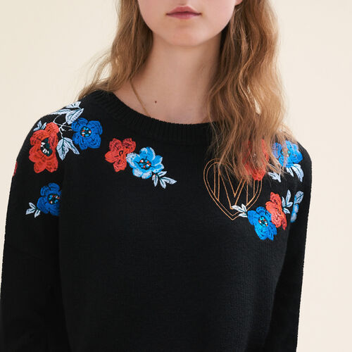 Fine knit jumper with embroidery : Sweaters color Black 210