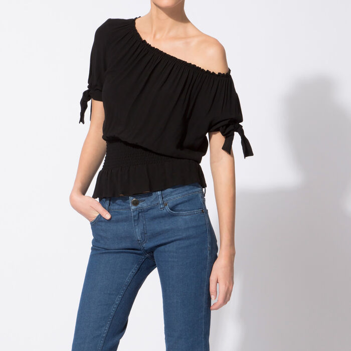 Top with flounced waist : null color