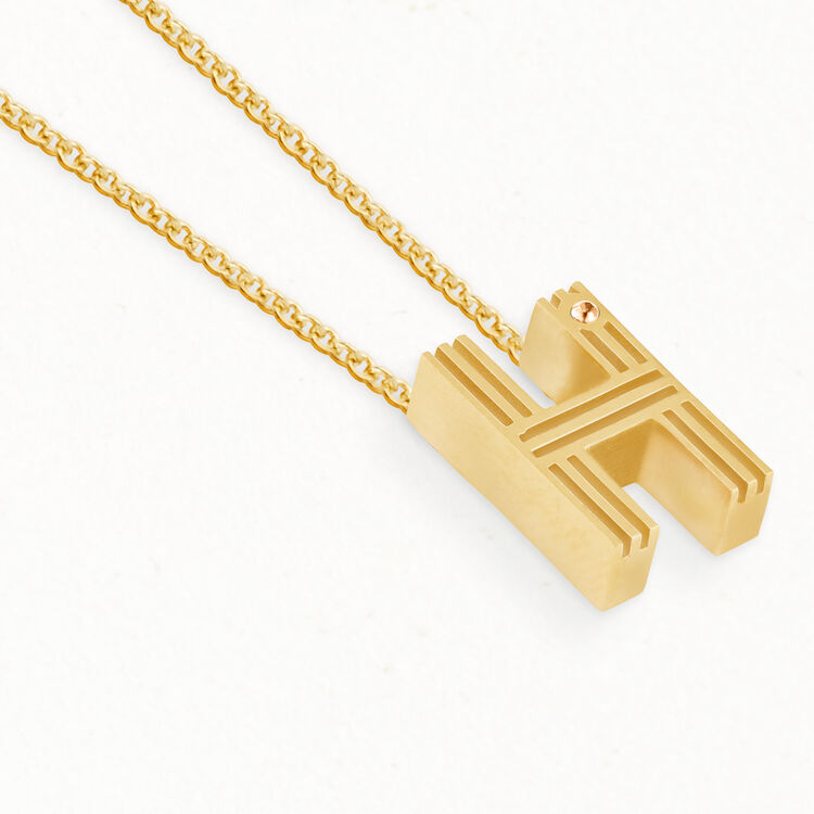 Necklace with initial pendant : The Spring Essentials color GOLD