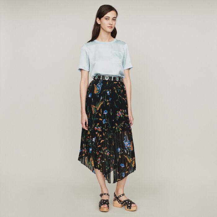 Floral print pleated midi skirt : Skirts & Shorts color Black