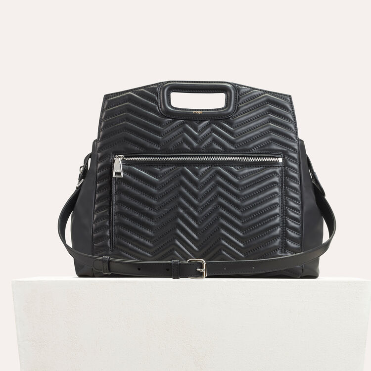 Quilted leather shoulder bag : M Walk color Black 210