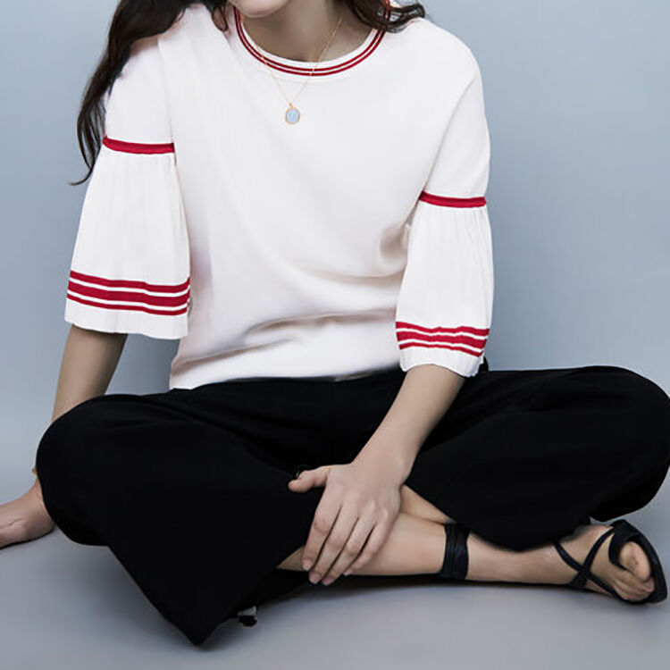 Fine-knit sweater with pleated sleeves : Sweaters color WHITE
