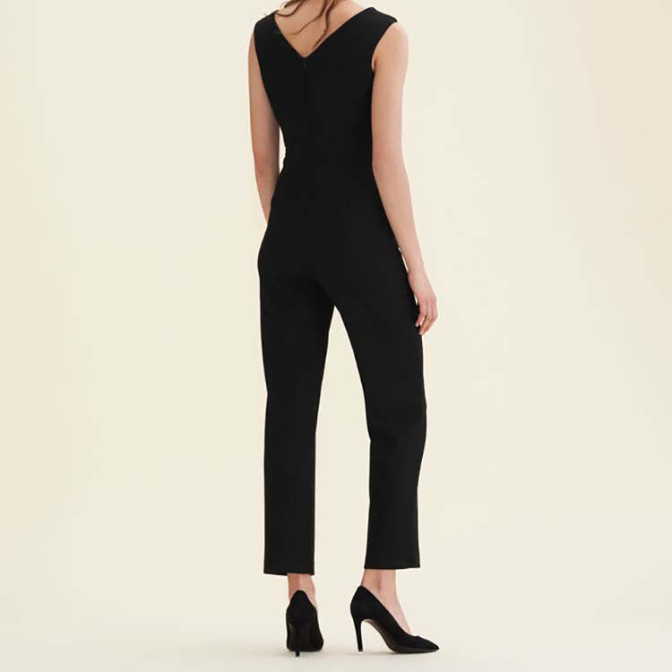 Sleeveless crêpe jumpsuit : Pants & Jeans color Black 210