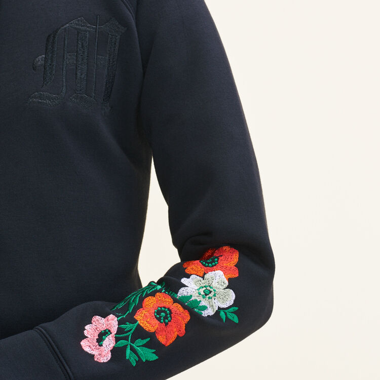 Embroidered hooded sweatshirt : Sweaters color Black 210
