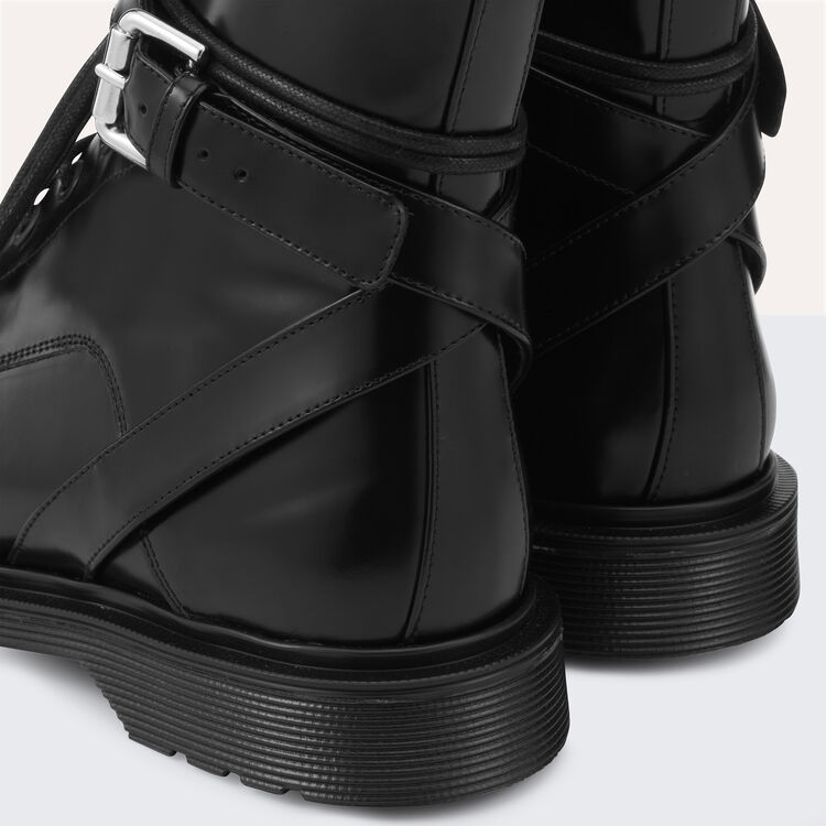 Long leather boots : Shoes color Black 210