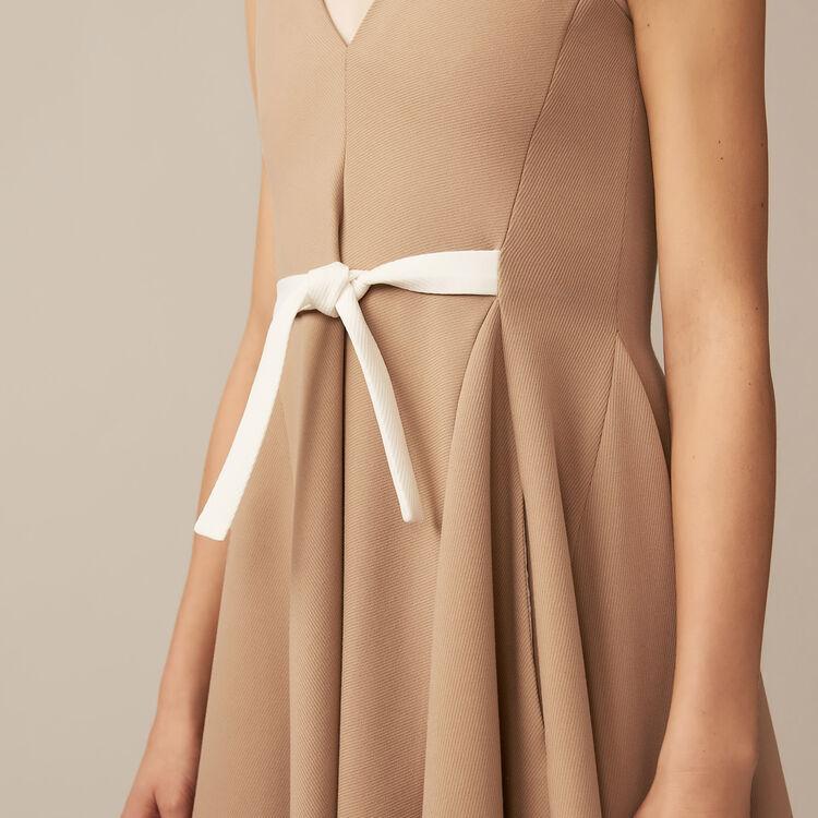 V-neck pinafore dress : Dresses color Camel