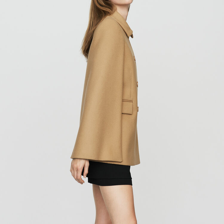Cape-coat in virgin wool : Coats & Jackets color Camel