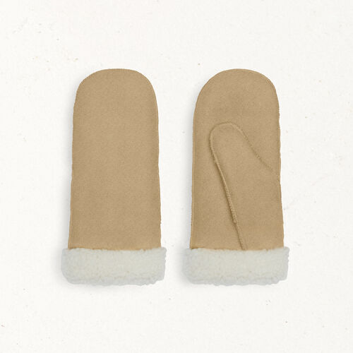 Sheepskin mittens : Scarves color Camel