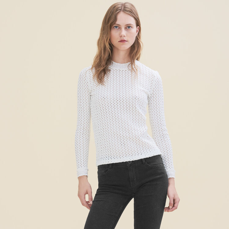 Top with a mixture of embroidery : Sweaters color White