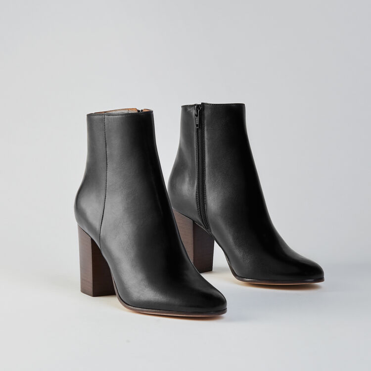 Heeled smooth leather booties : Shoes color Black