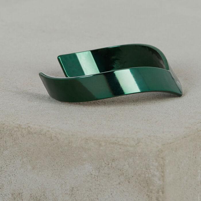 Hammered brass bracelet : Spring Collection color Green