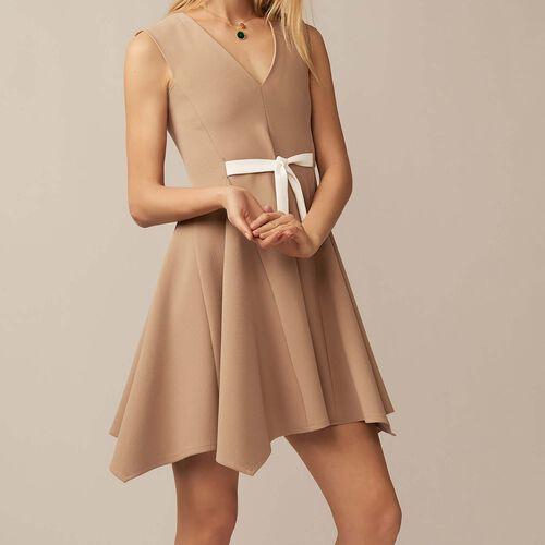 V-neck pinafore dress : Pre-collection color Camel