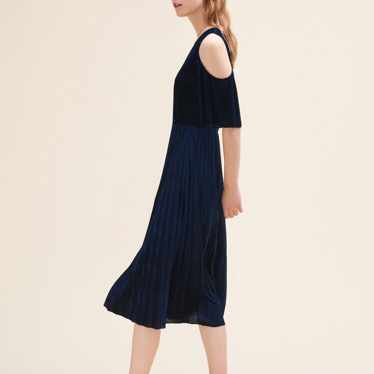 Pleated off-the-shoulder dress : null color