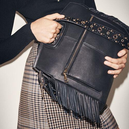 Leather shoulder bag : M Walk color Black 210
