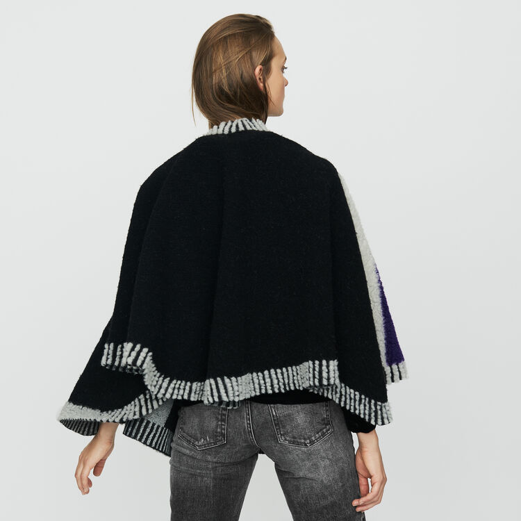 Poncho with sheepskin : Shoes & Accessories color Black 210