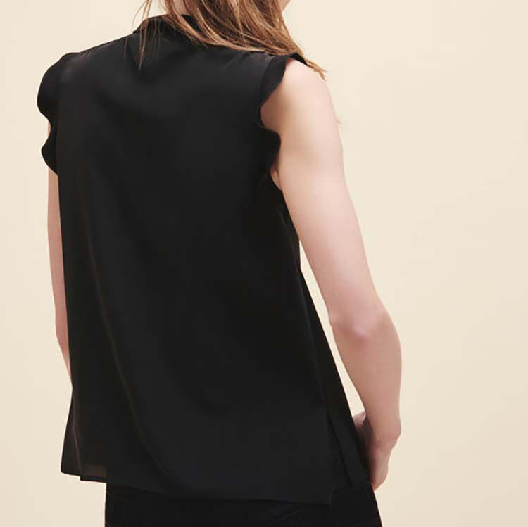 Frilled sleeveless top : null color Black 210