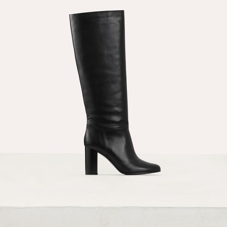 Heeled leather booties : Shoes color Black 210