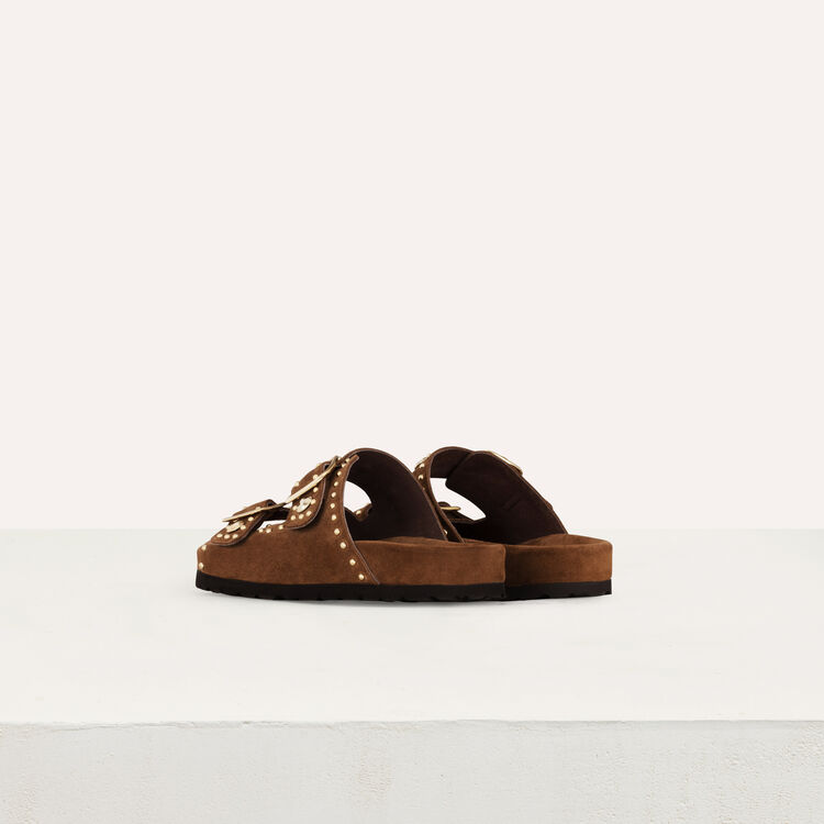 Leather sandals decorated with studs : Shoes color Camel
