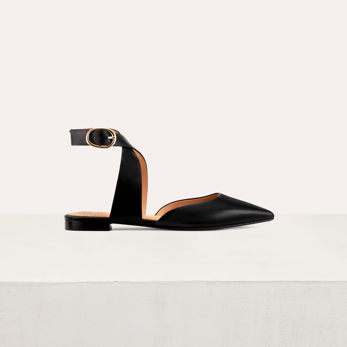 Sandal with loop at ankle : Shoes color Black 210