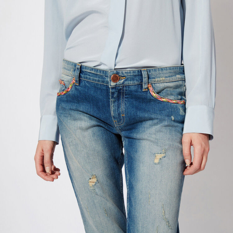 faded boyfriend jeans  : Features color