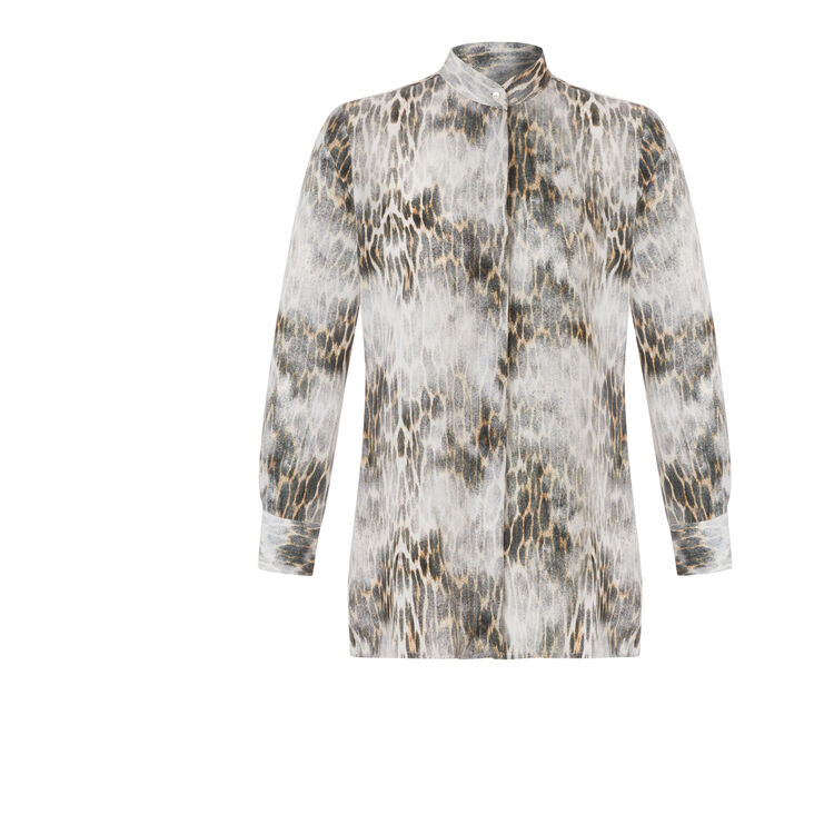 Leopard-print silk shirt : An invitation to travel color