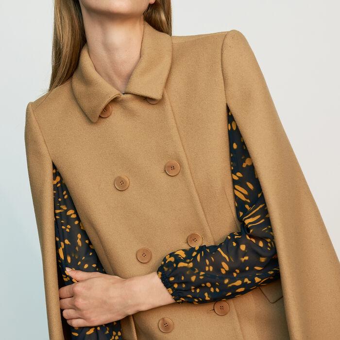 Cape-coat in virgin wool : Coats & Jackets color Camel