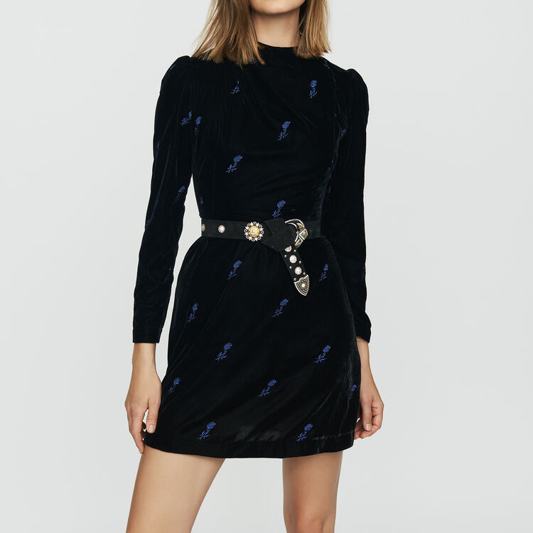 Long-sleeve dress with embroidered : Dresses color Black 210